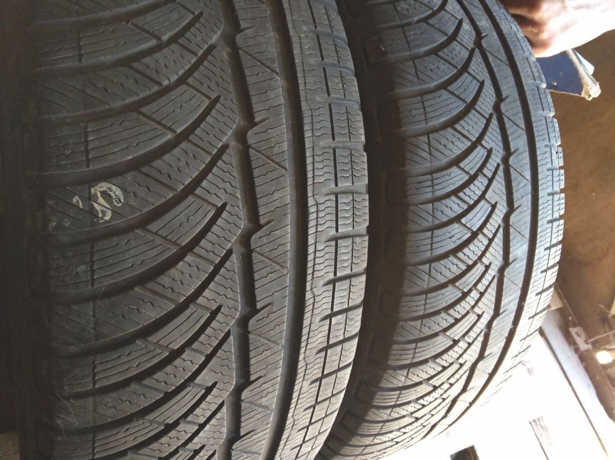 Michelin Pilot Alpin 235/55R 18