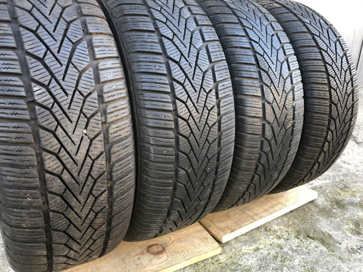 Semperit Speed-Grip 2 215/55R 16