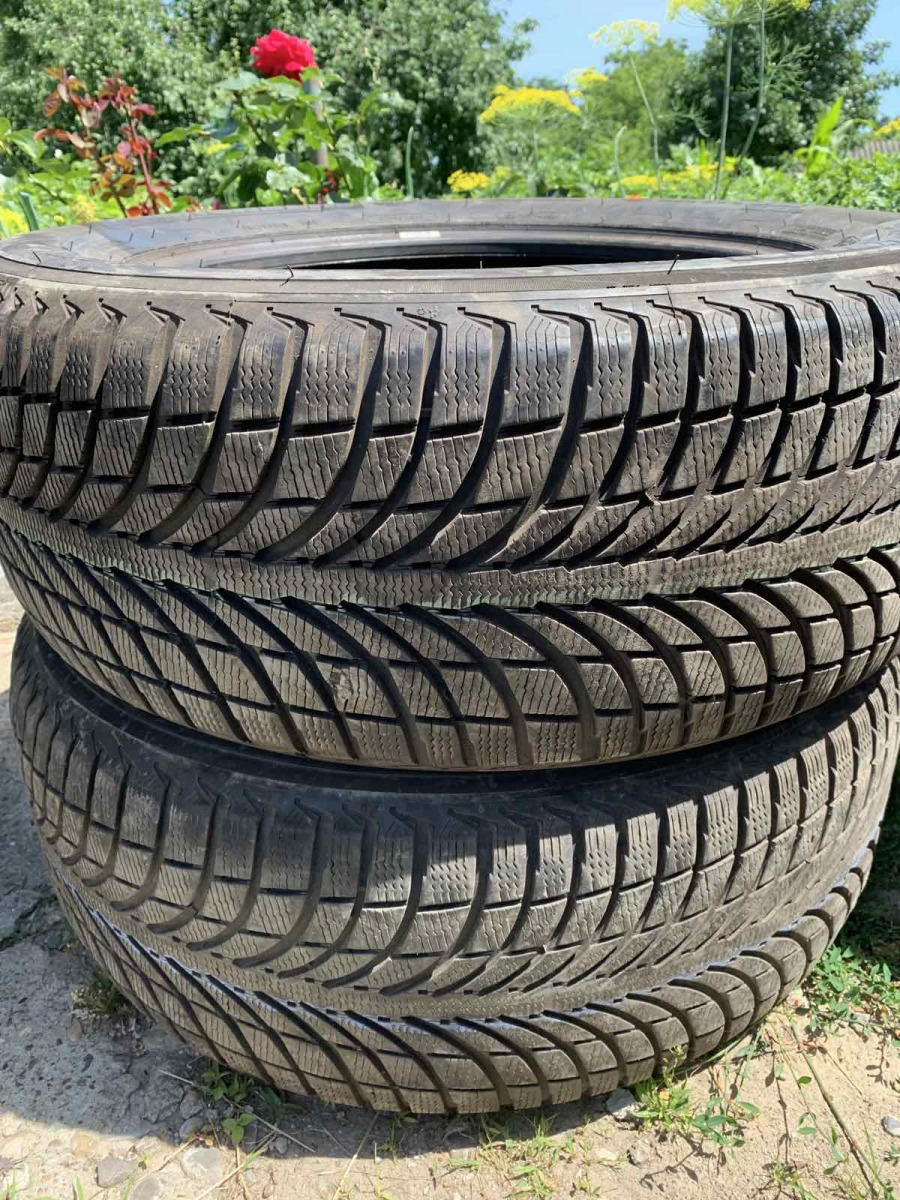 Michelin Latitude Alpin LA 2 255/55R 19