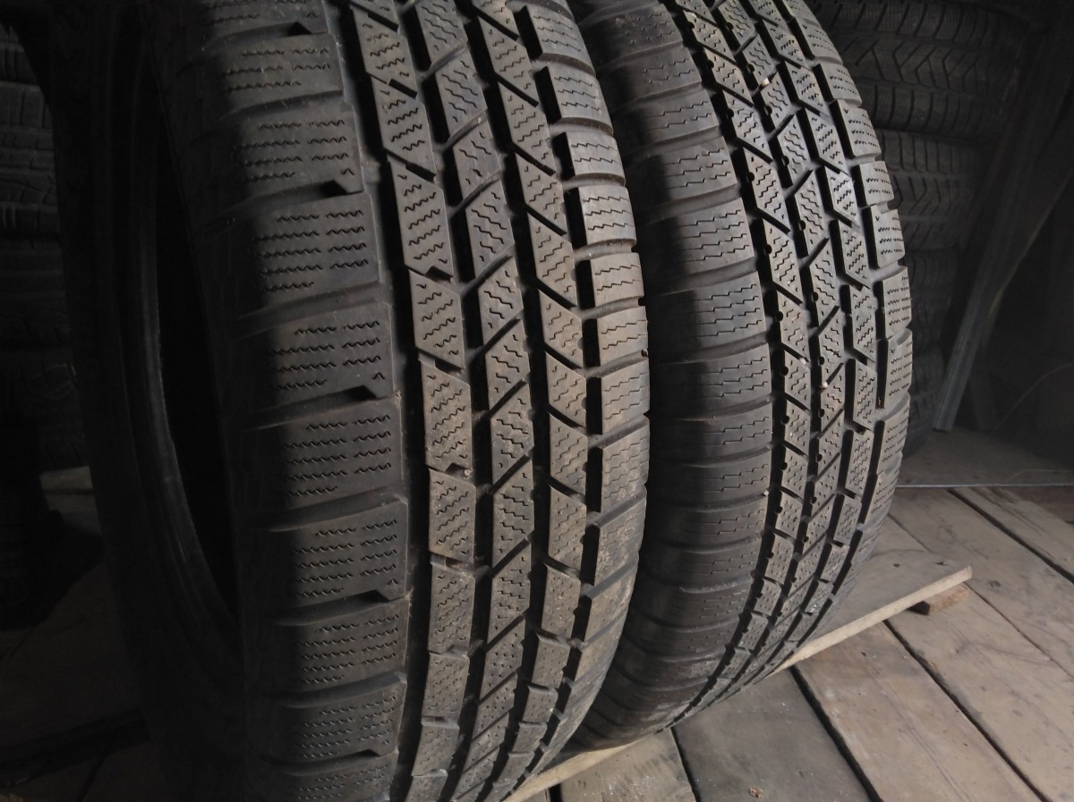 Continental CrossContact Winter . 235/65R 18