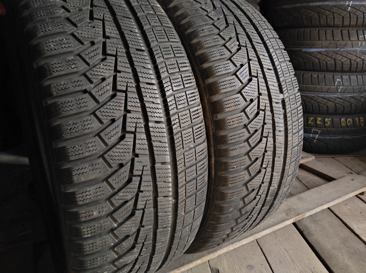Hankook Winter I cept evo 2 235/50R 18