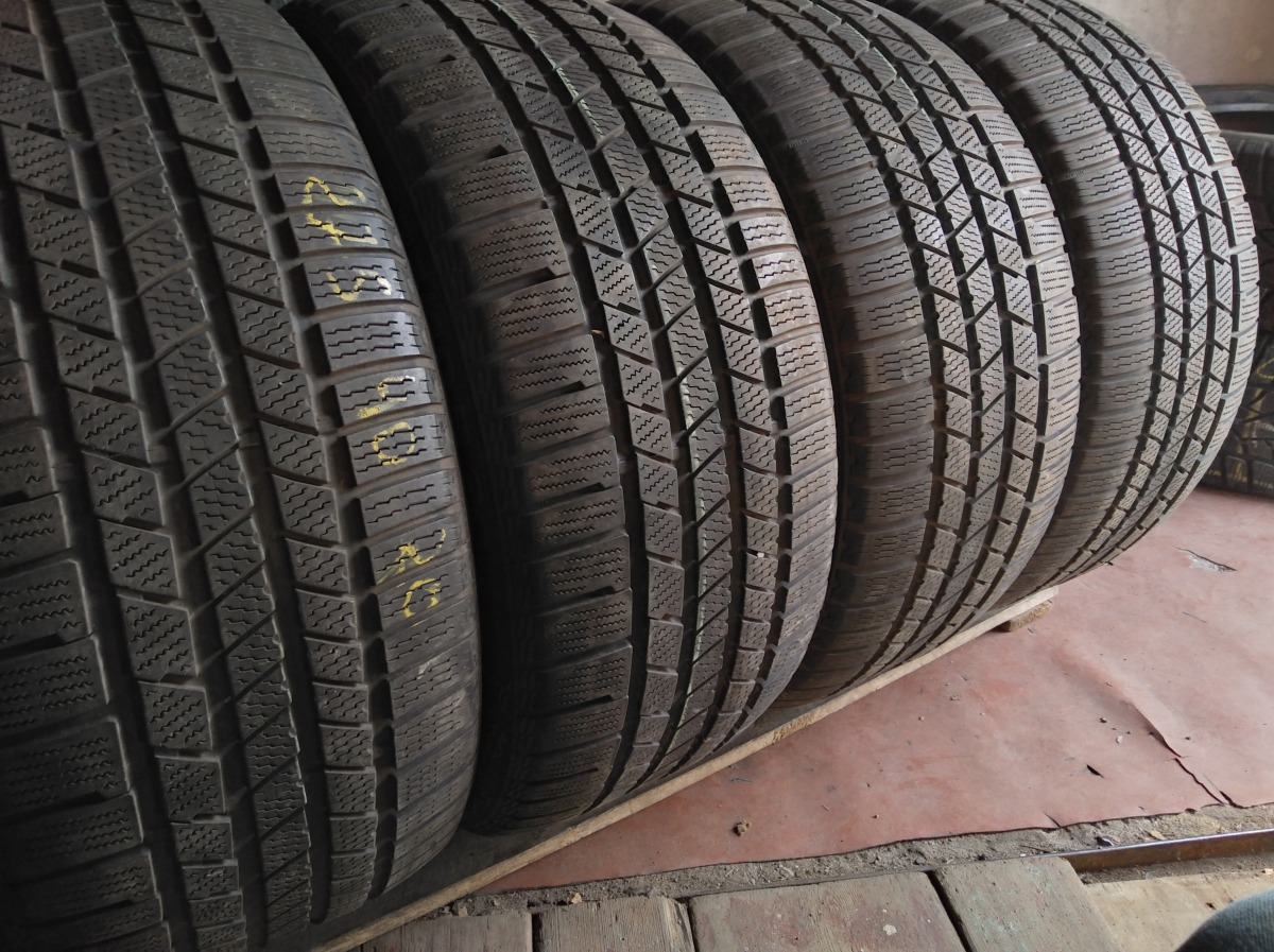 Continental Cross Contact 275/40R 20