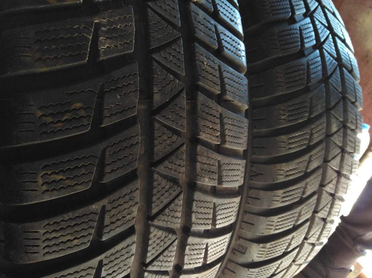 Falken HS 449 Euro Winter. 225/65R 17