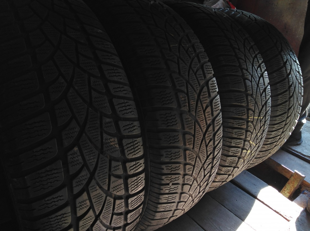 Dunlop Sp Winter Sport 3D/ 235/65R 17