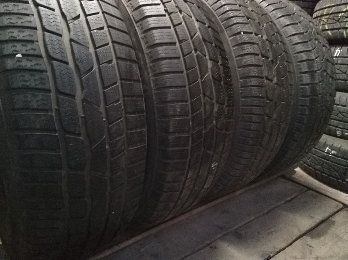 Continental Conti Winter Contact TS 830 . 225/60R 18