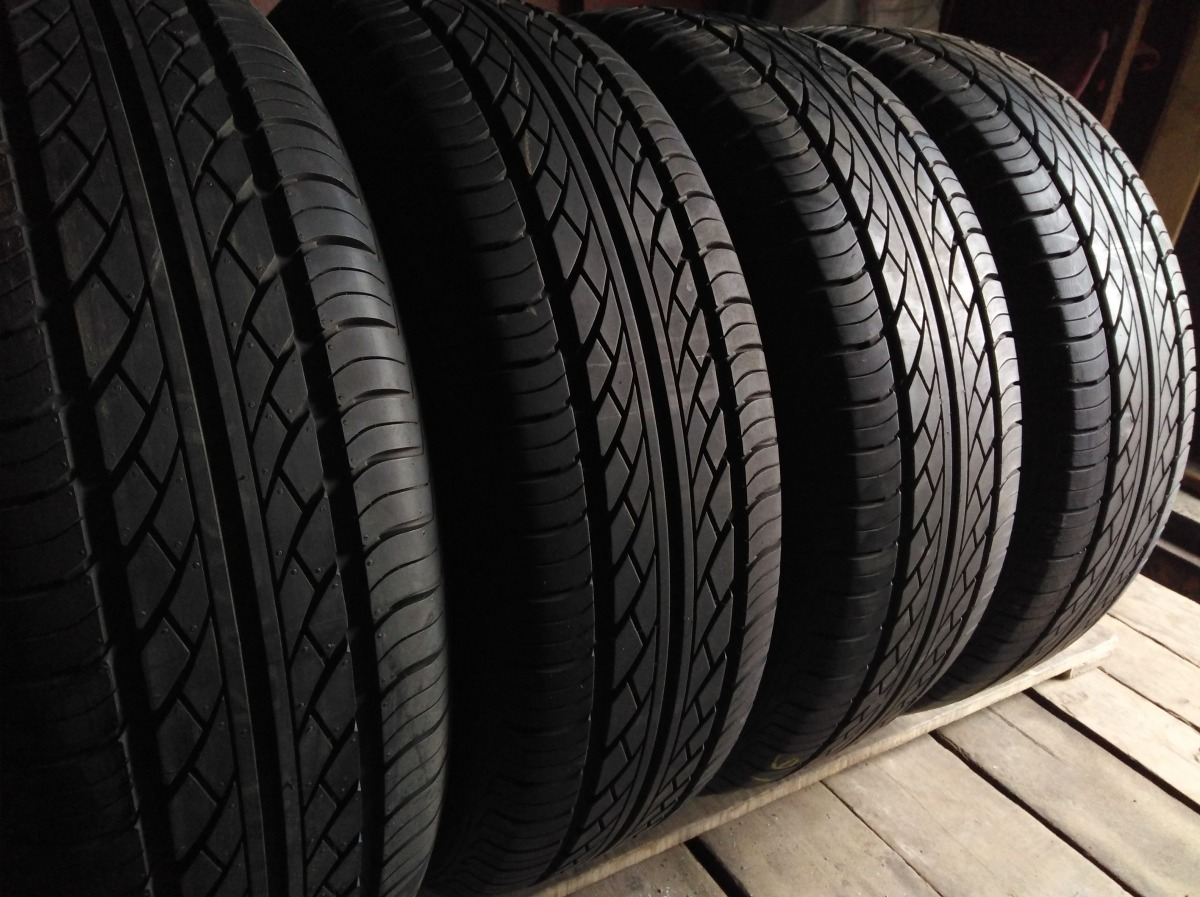 Hankook Optimo K 406 215/65R 16