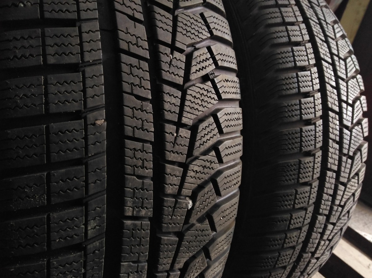 Hankook Winter I cept evo 2 Suv 235/60R 18