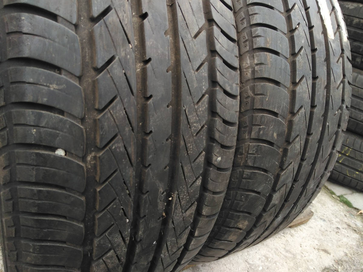 GoodYear Eagle NCT 5 215/50R 17