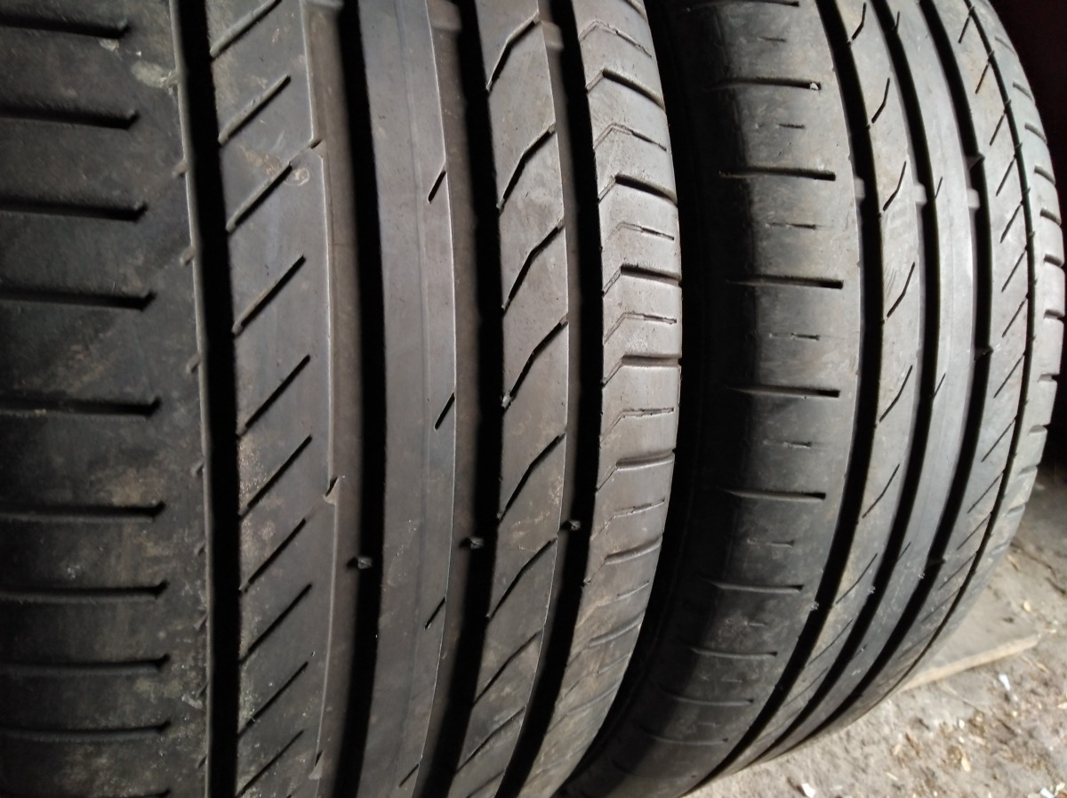 Continental Conti Sport Contact 5 235/45R 17