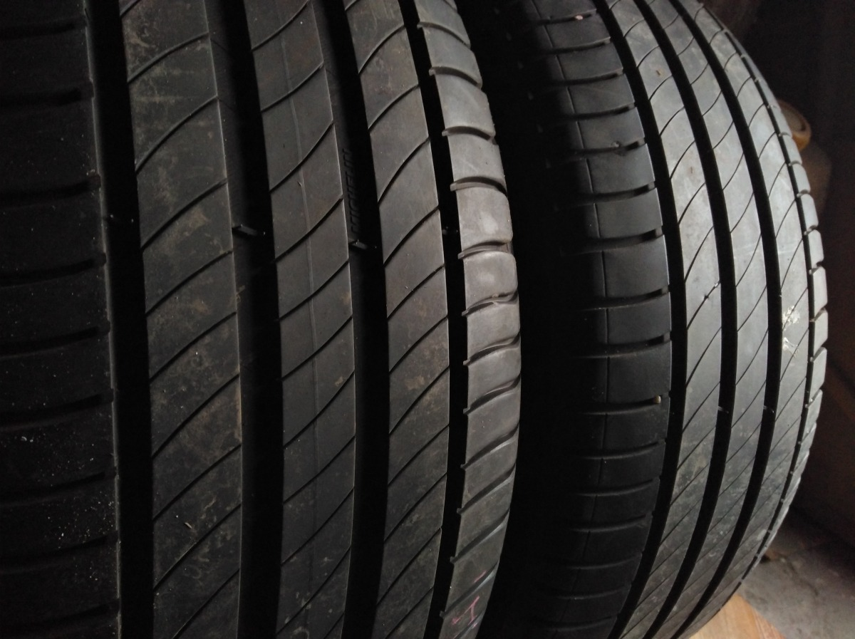 Michelin Primacy 4 235/45R 18