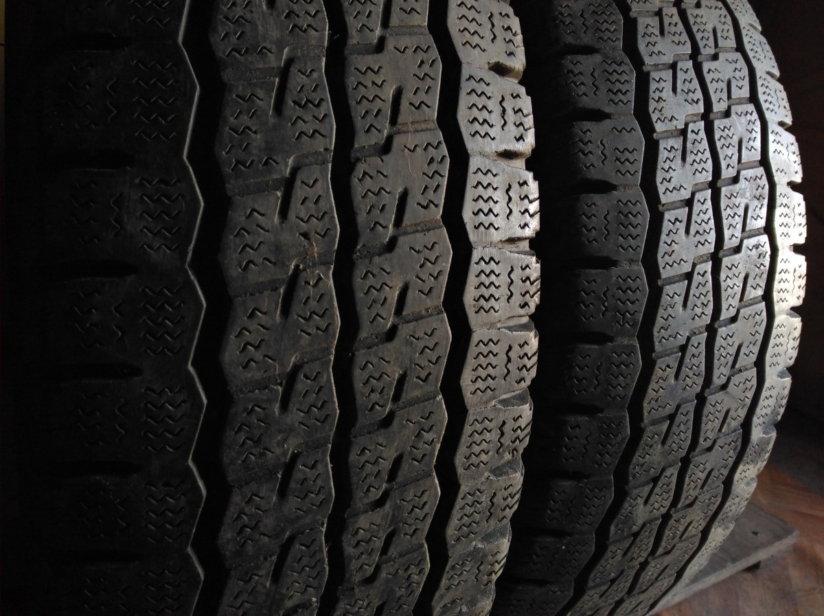 Firestone Vanhawk Winter 215/75R 16C