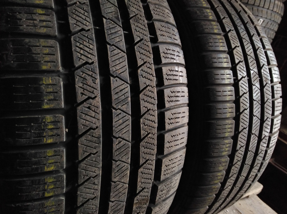 Continental ContiWinterContact TS 810S 245/40R 19