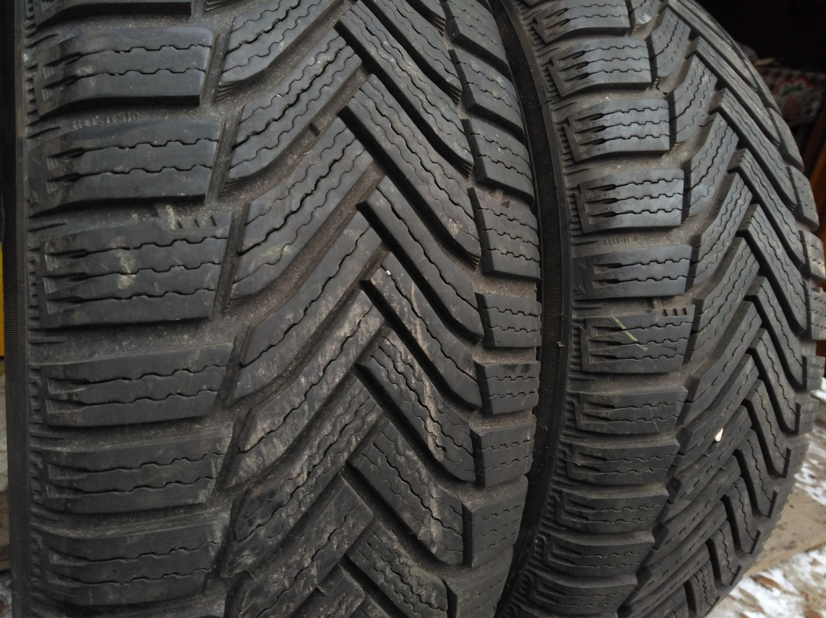 Michelin Alpin 6 215/55R 17