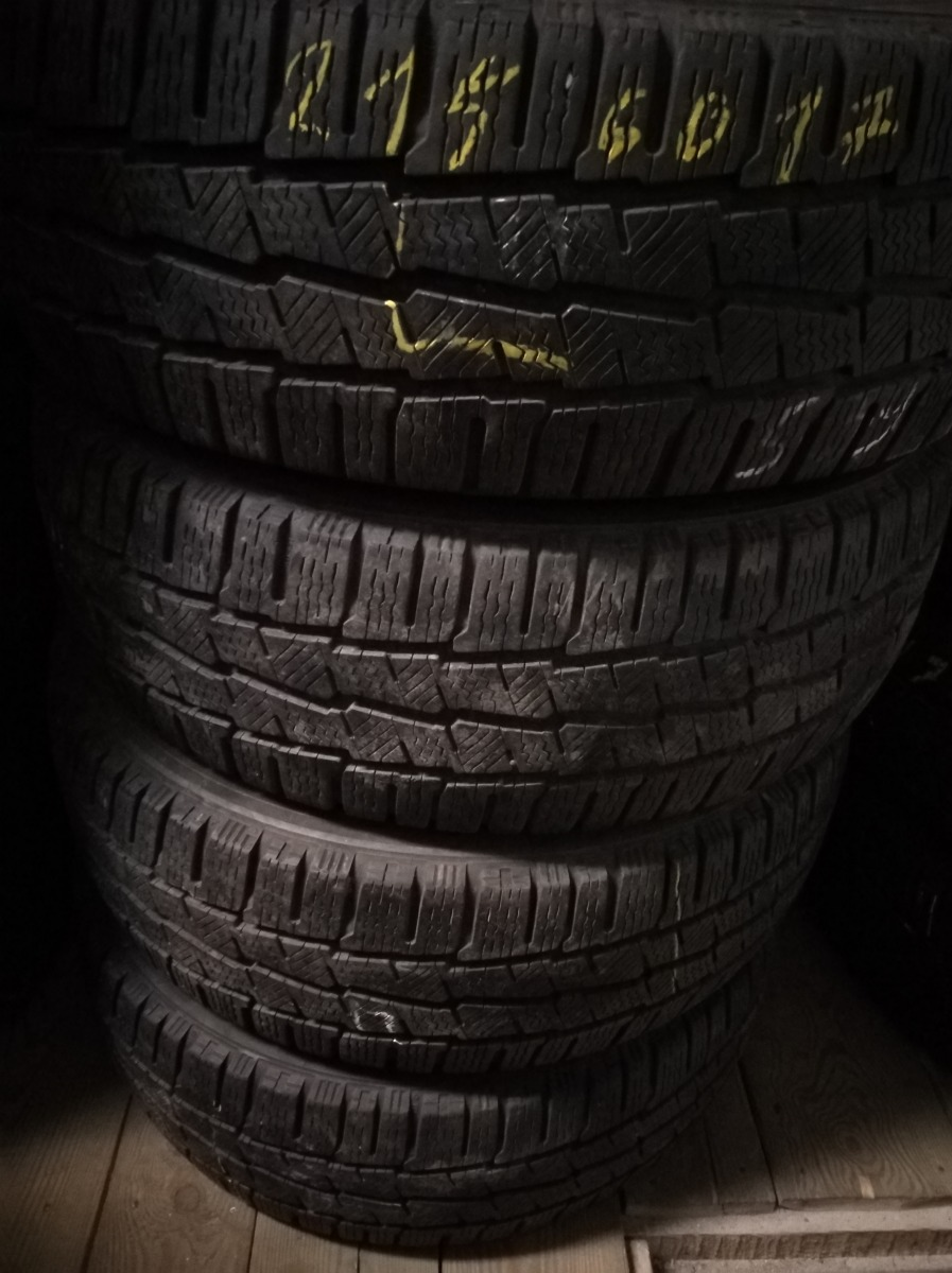 17С 216/60 Michelin Agilis Alpin 215/60R 17