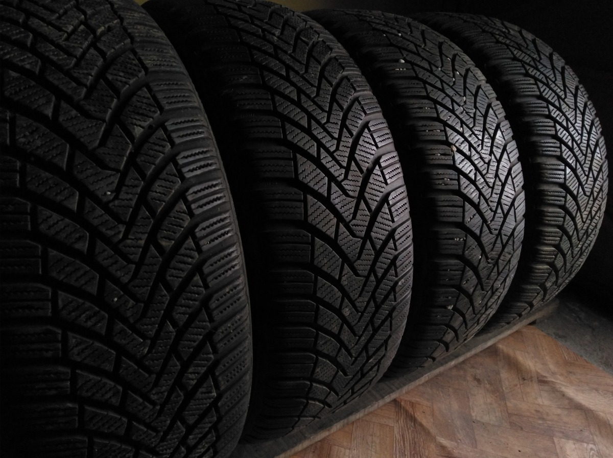 Continental ContiWinterContact TS 850 215/55R 16
