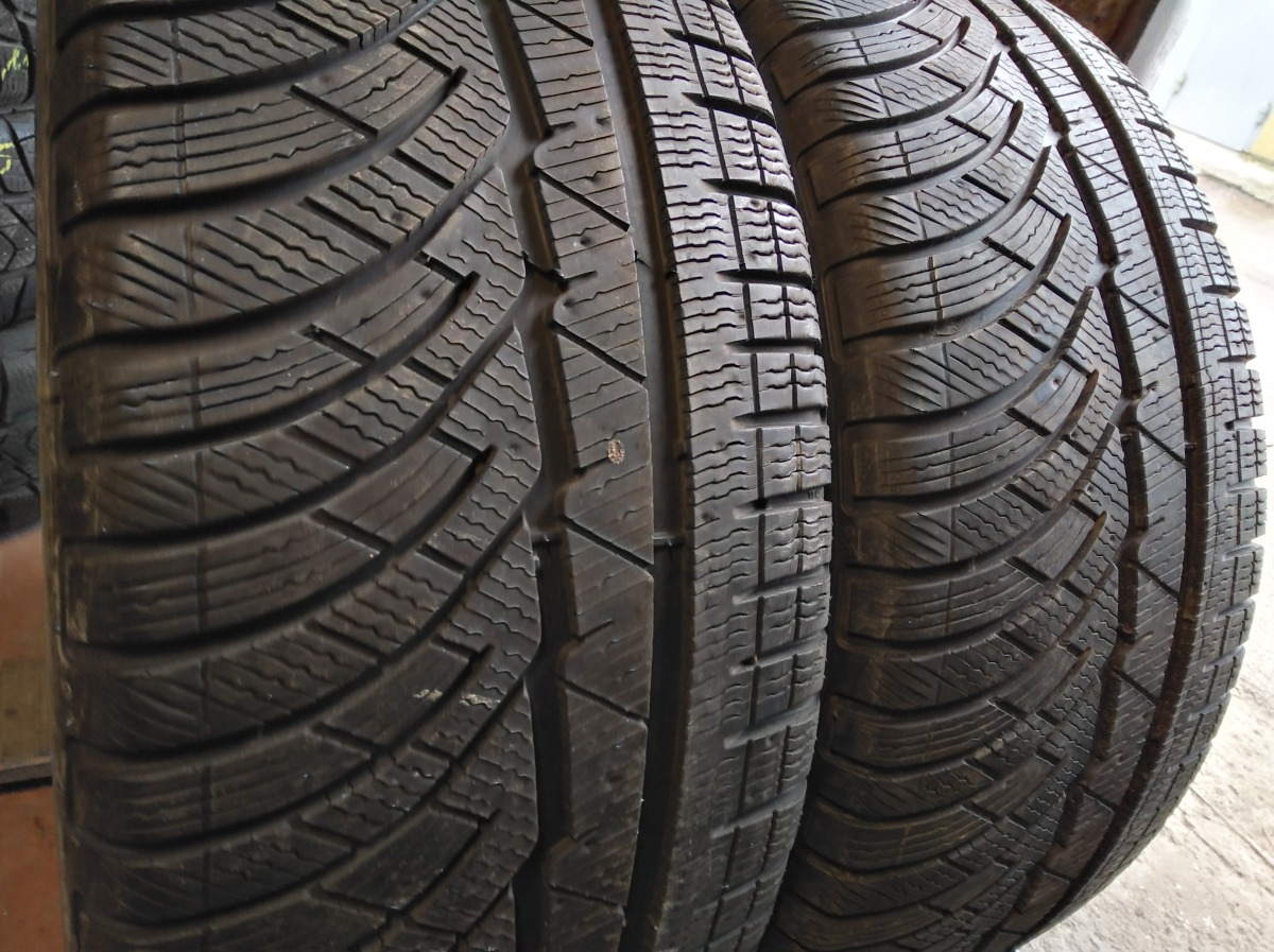 Michelin Pilot Alpin PA 4 235/45R 17