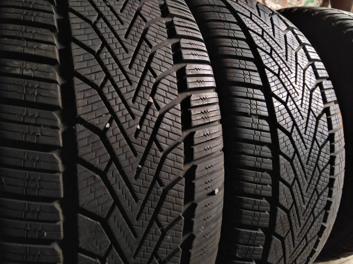 Semperit Speed-Grip 2 225/45R 17