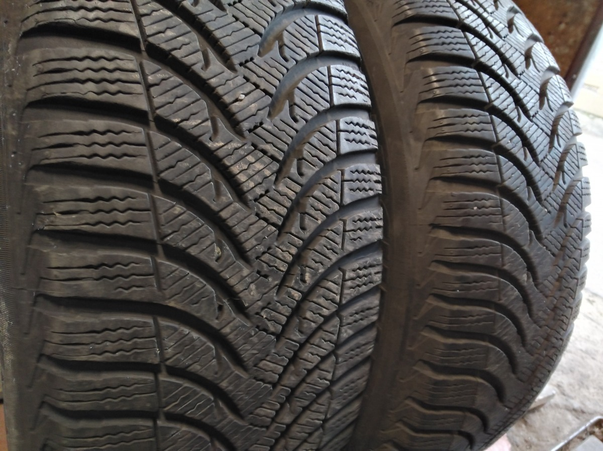 Michelin Apin A 4 215/60R 16