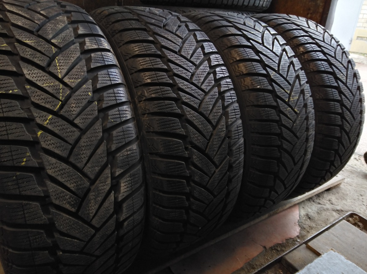 Dunop Winter Sport M 3 225/55R 16