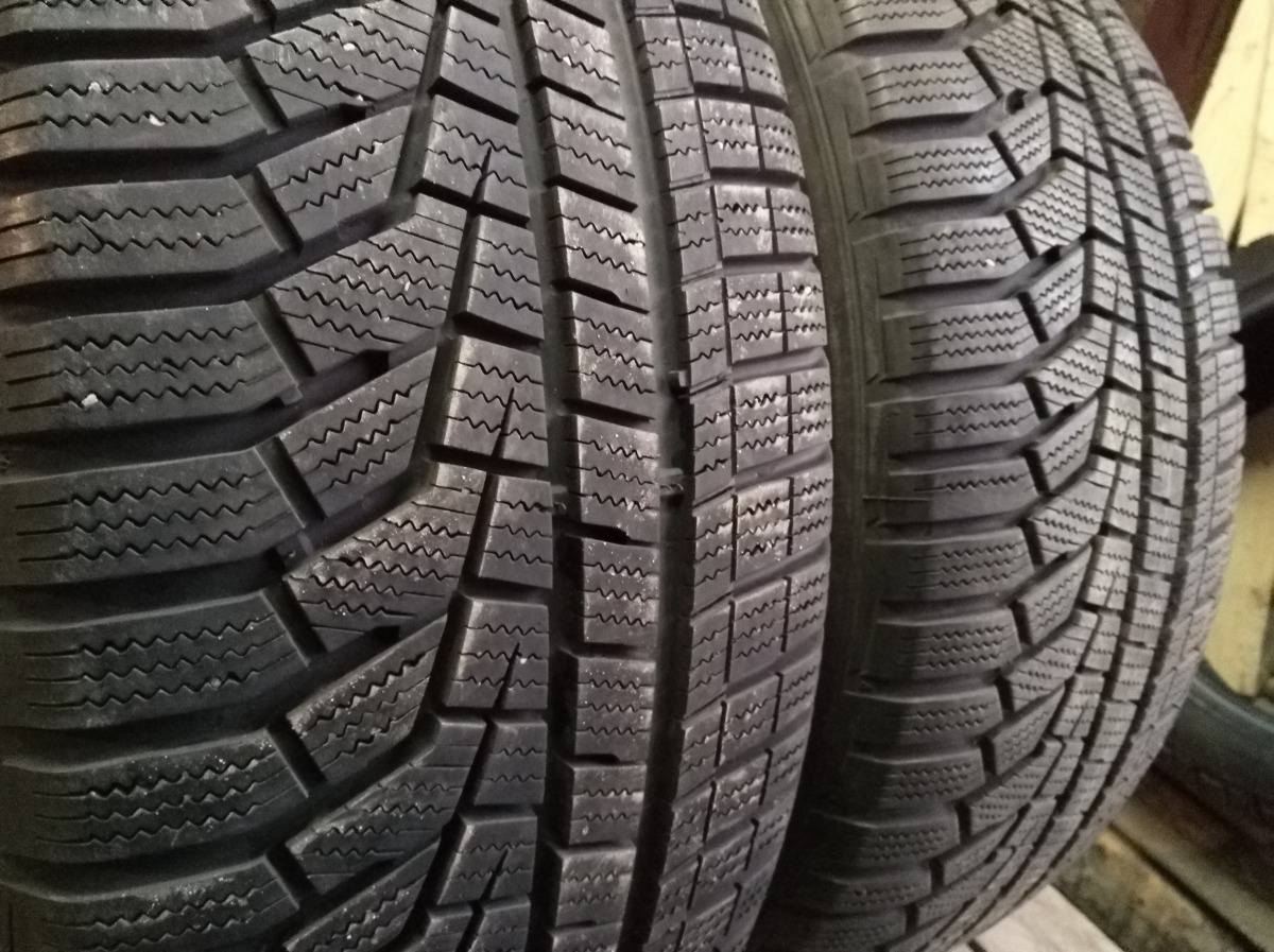 Hankook Winter I cept evo 2 Suv 235/55R 18