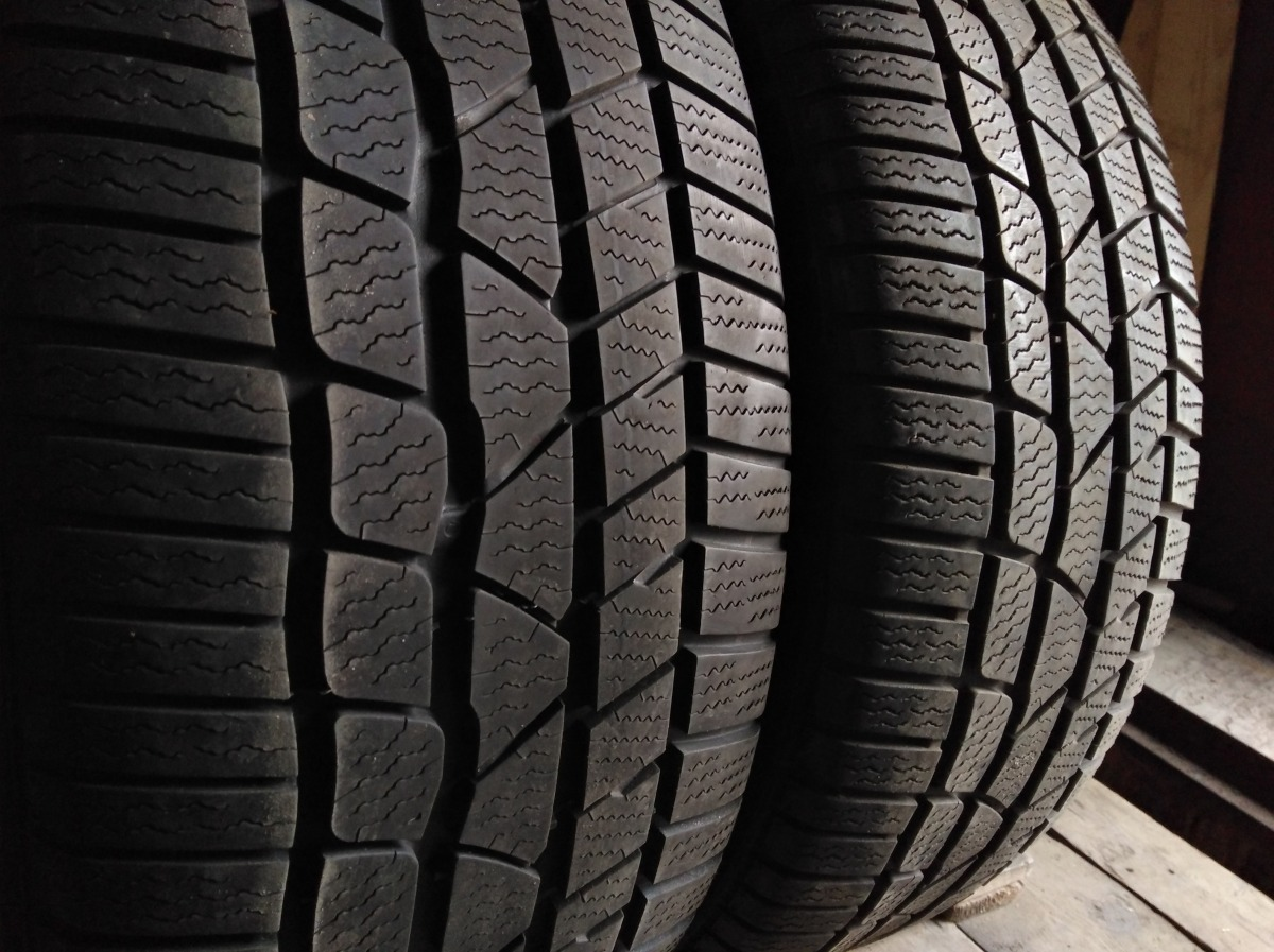 Continental ContiWinterContact TS 830 P 235/45R 19