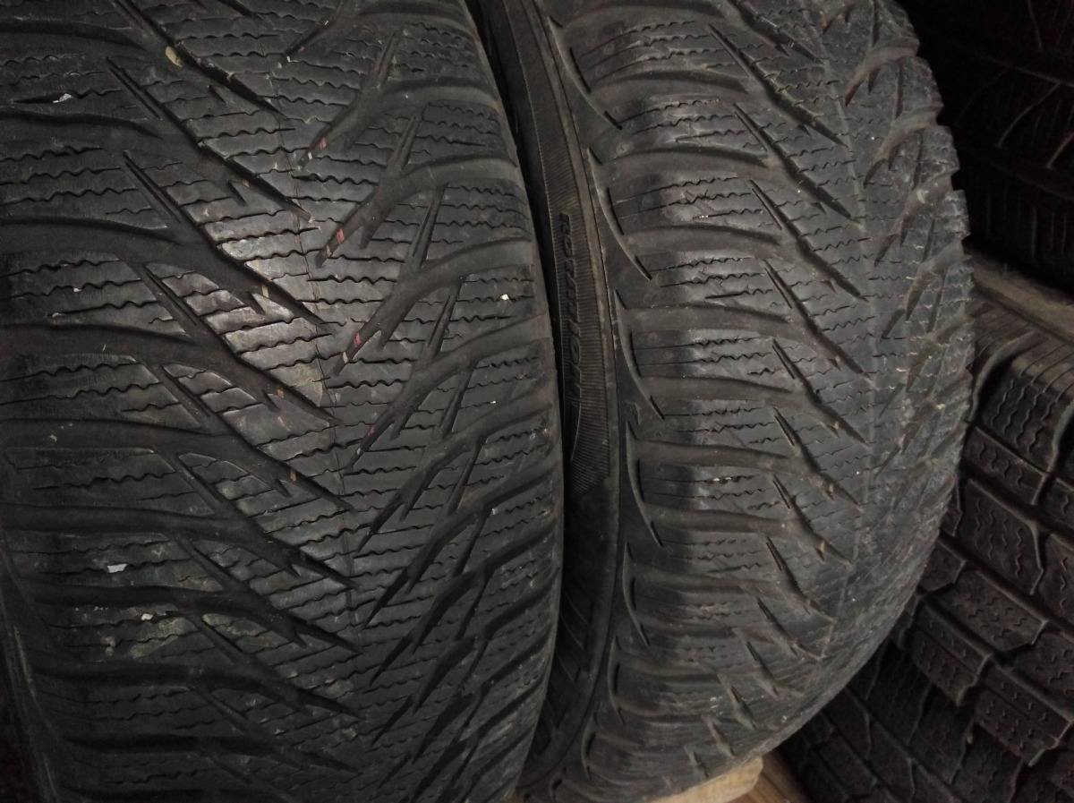 GoodYear Ultragrip 8 185/60R 15
