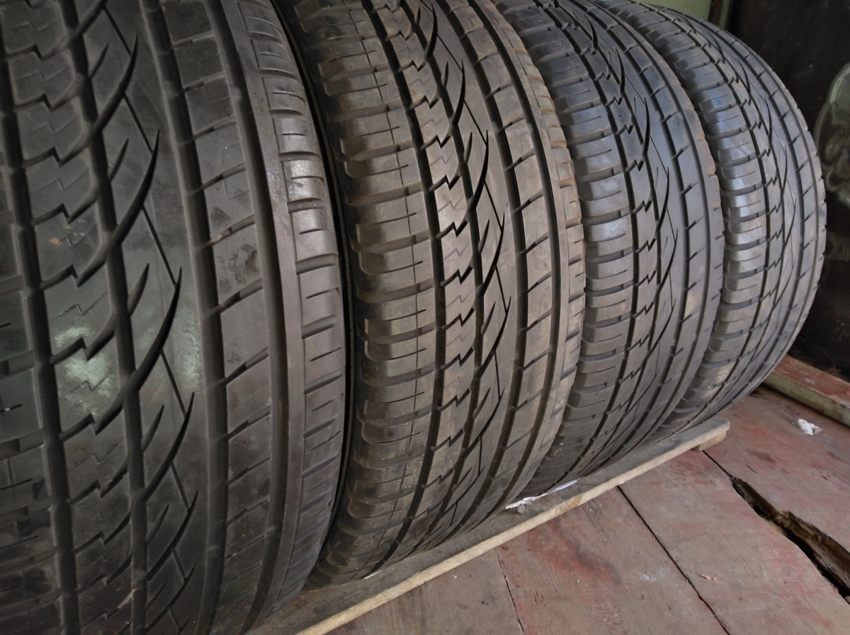 Continental CrossContact UHP 245/45R 20