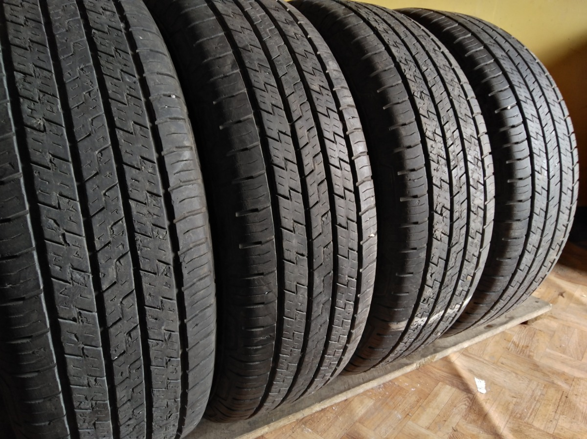 Continental 4x4 Contact 225/70R 16