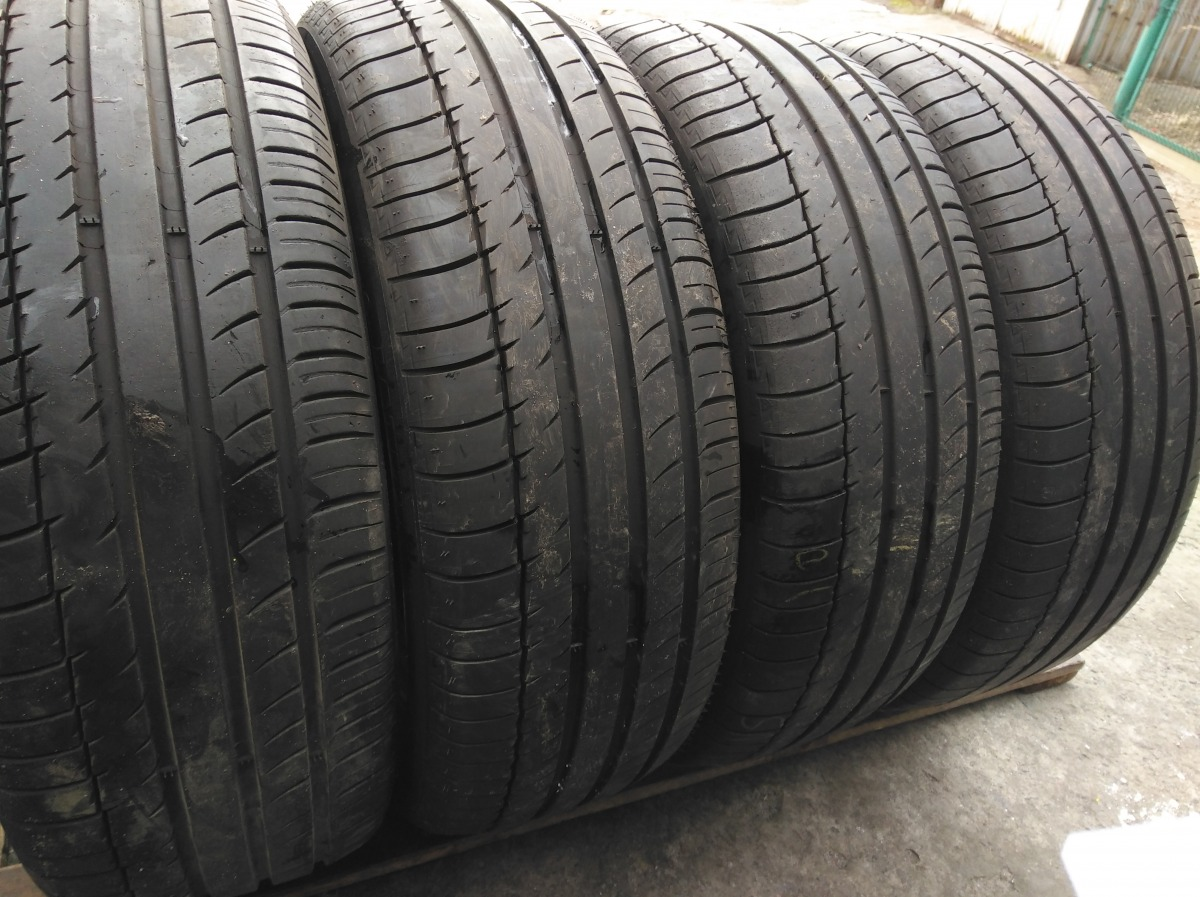 Michelin Latitude Sport . 225/60R 18