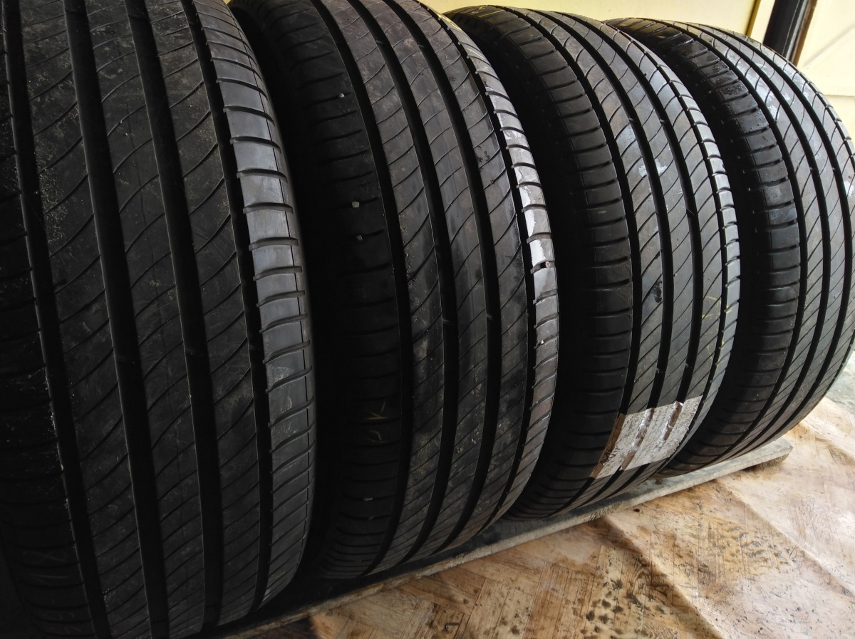 Michelin Primacy 4 235/55R 18