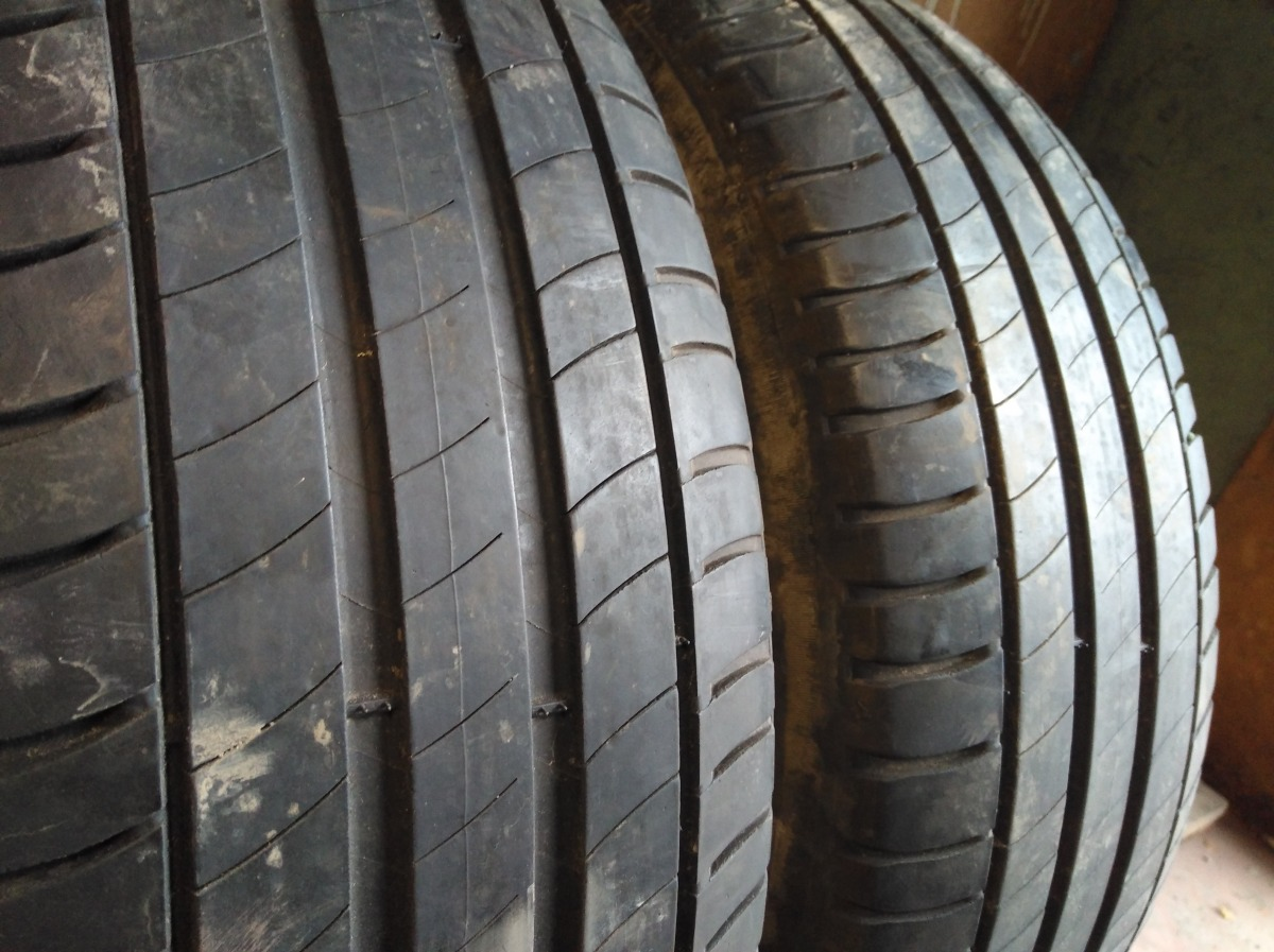 Michelin Primacy 3. 215/60R 16