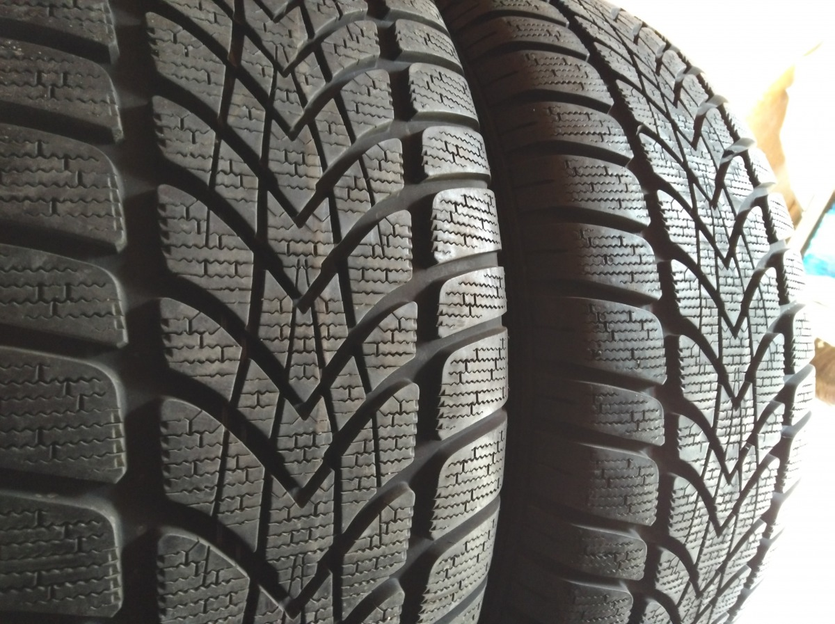Dunlop Sp Winter Sport 4D 235/50R 18