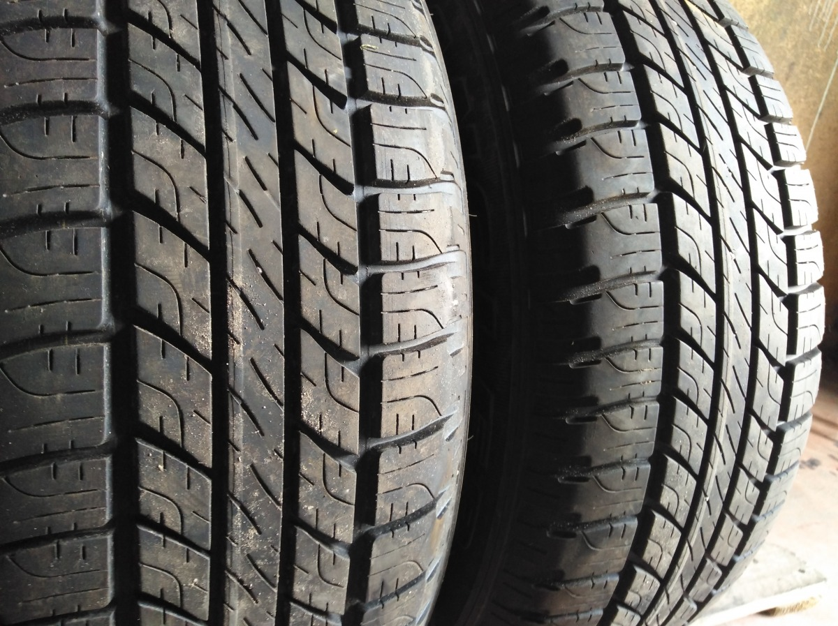 GoodYear Wrangler all weather 235/65R 17