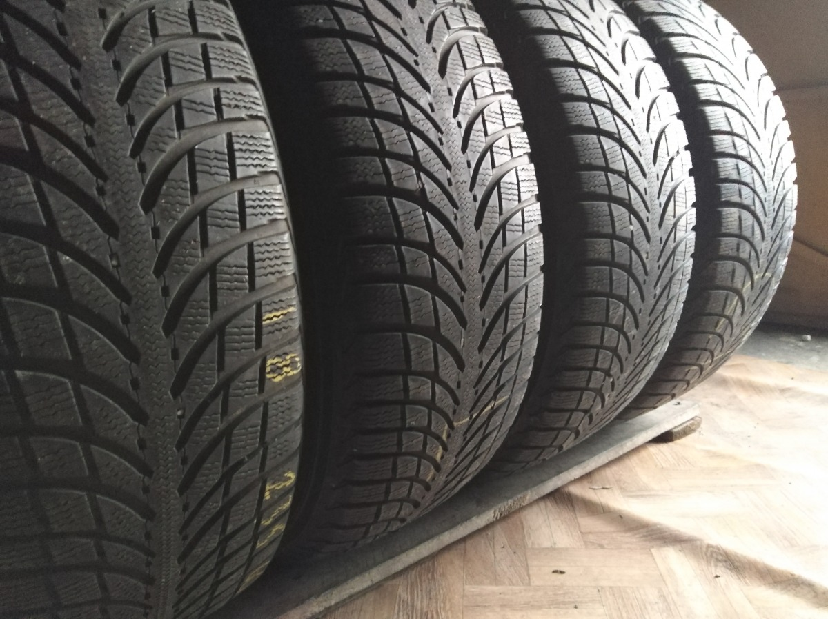 Michelin Latitude Alpin LA 2 235/60R 18