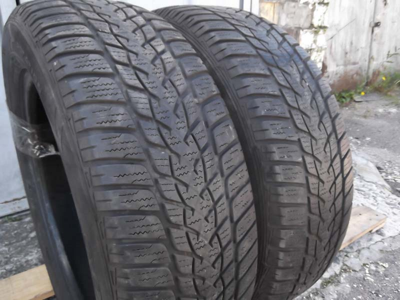 GoodYear Ultra Grip Performance 215/60R 17