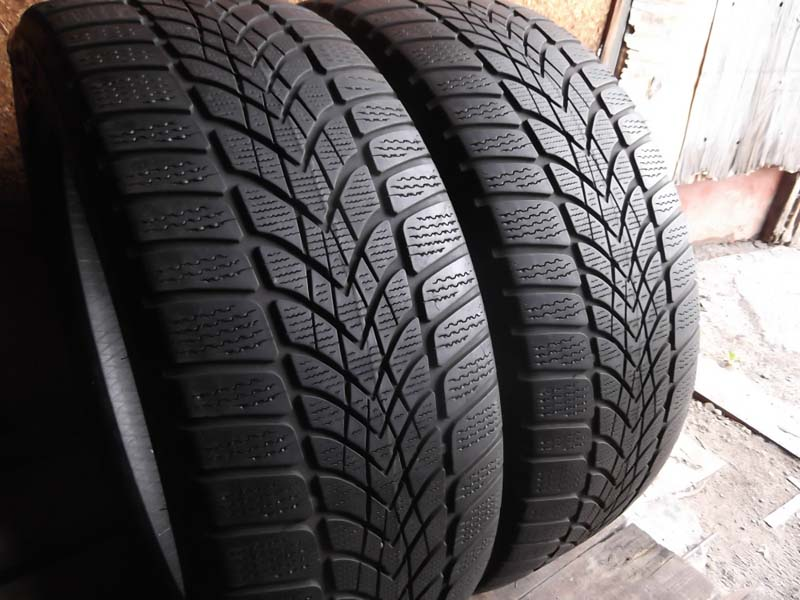 Dunlop SP Winter Sport 4 D 245/45R 19