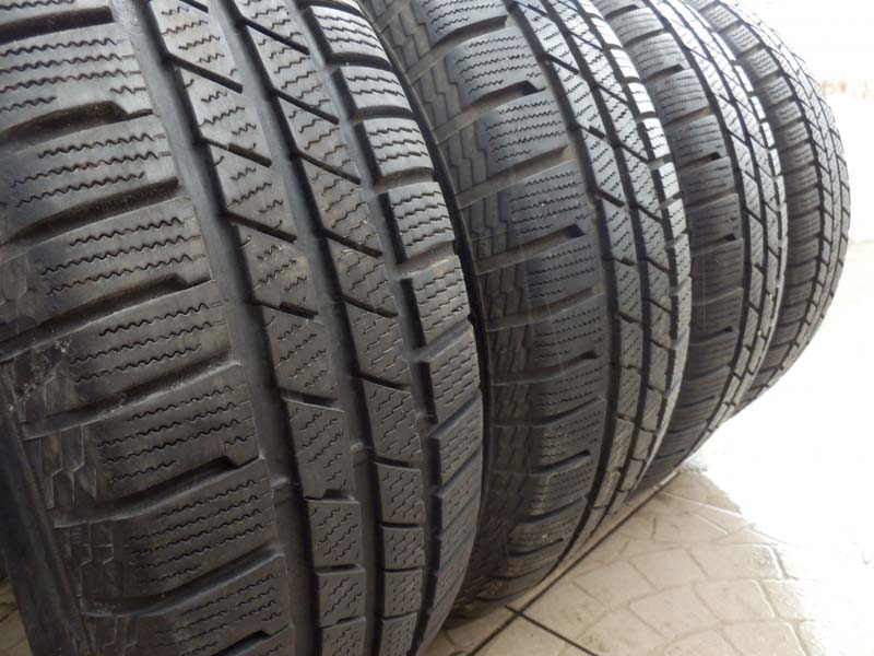 Continental CrossContact Winter 215/65R 16