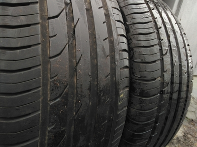 Continental contipremiumcontact 2 235/50R 18